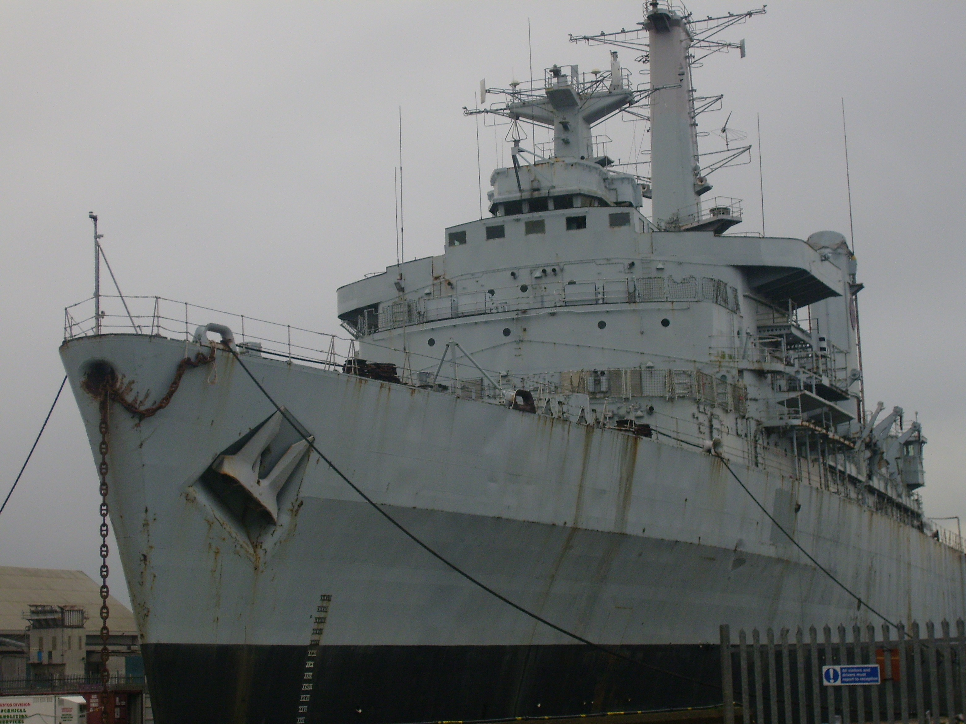 HMS Intrepid 200802