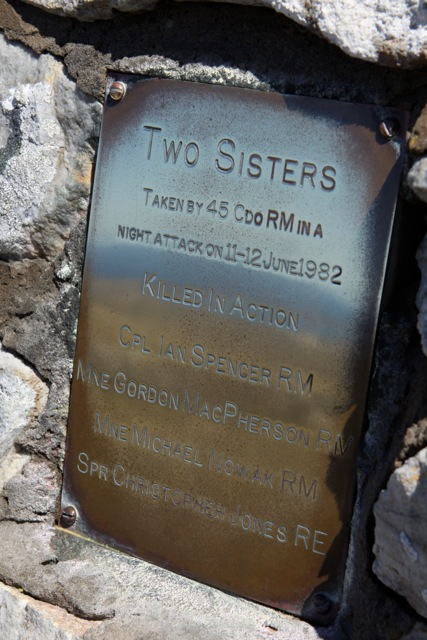 Two Sisters 01
